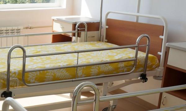 Приемна майка заведе 6-годишно в болница с измръзване
