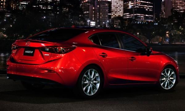 Mazda готви супер бензинов двигател