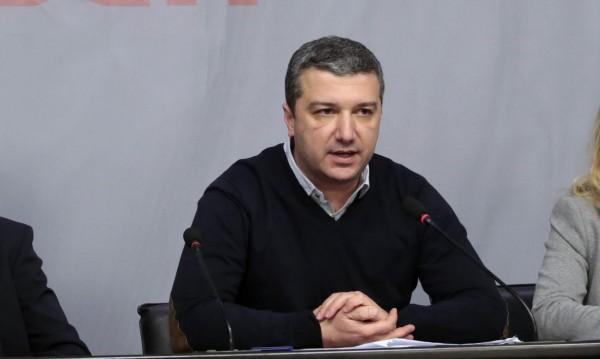 """Обрат в Столетницата – плоският данък остава, пуска налог """"богати"""""""