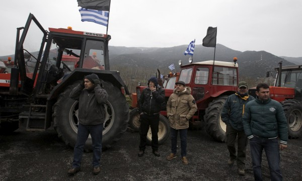 Родни превозвачи готови да блокират границата с Гърция