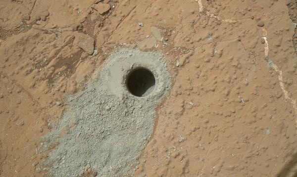 Земни микроорганизми могат да оцелеят на Марс