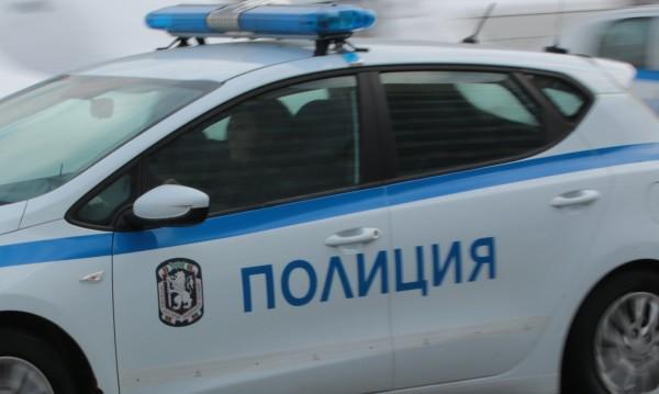 14-годишна задигна 9 бона от апартамент в Балчик
