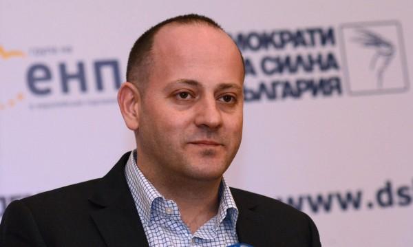 Радан Кънев: Служебен премиер, министър... На кого му пука?