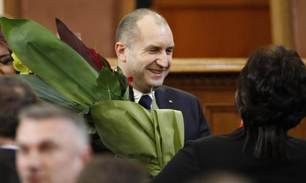 За президента от Нинова: Много българин, винаги България…