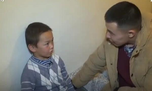 7-годишният Жакшалък – без дом, без семейство, с едничката вяра