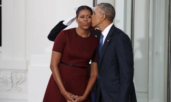 Обама каза сбогом, ще прави фондация на свое име