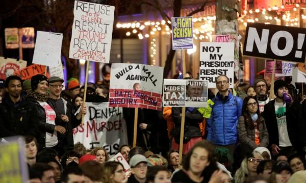 Над 200 арестувани при протести срещу Тръмп във Вашингтон