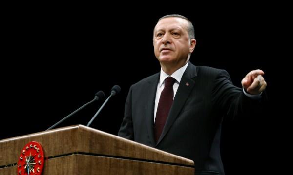Турският парламент проправи пътя за референдум напролет