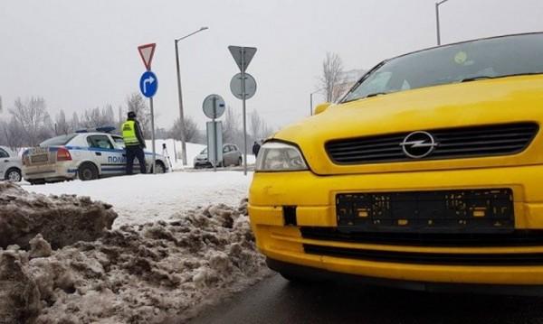 Катаджиите вече свалят номерата на колите на нарушители