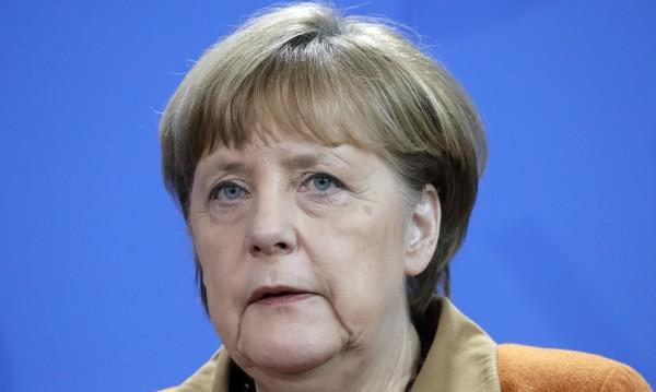 Меркел призова да се търсят компромиси с Тръмп