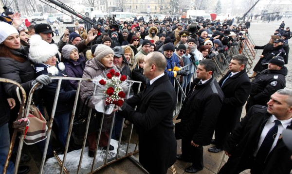 Нов президент – нов кабинет. Ще се справи ли Румен Радев?