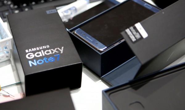 Защо Galaxy Note 7 се взривяваше? Заради батерията!