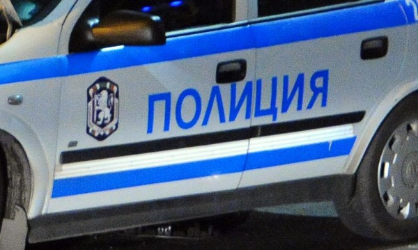 Откриха мъртви майка и син в Хасково, самоубили се
