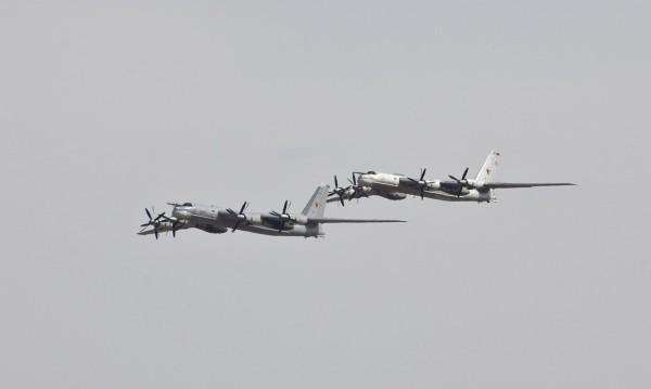 Япония вдигна изтребители срещу руски бомбардировачи