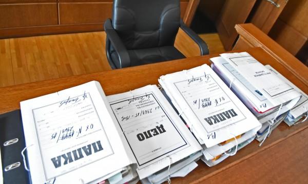 Чисто минало: Още топ чиновници – на проверка за досиета