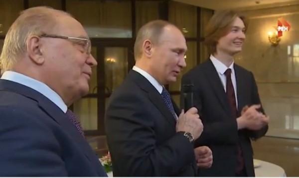 """Путин пя със студенти """"Четиринадесет минути до старта"""""""