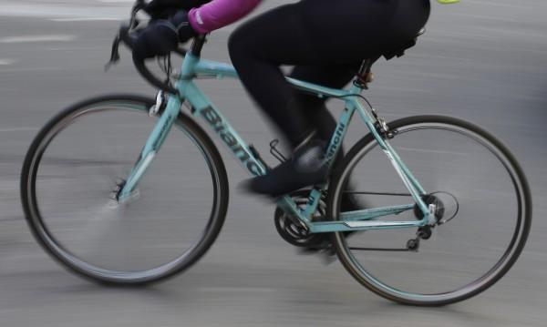 Китаец навъртя 500 км. на колело... в грешната посока