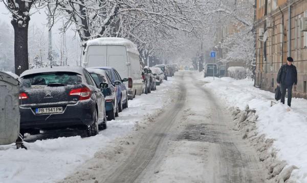 Мразовит петък: Цял ден – минусови температури