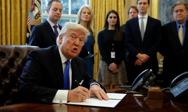 Тръмп ще търси нови военни опции за победа над ИД