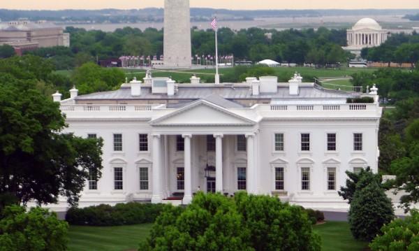 Световното лидерство направи Америка велика, тя се отказва от него