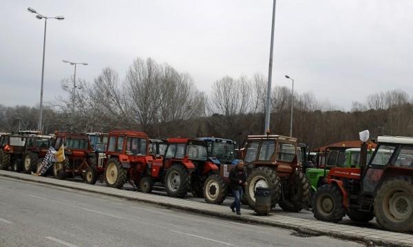 Гръцките фермери не блокираха границата ни, но са в готовност
