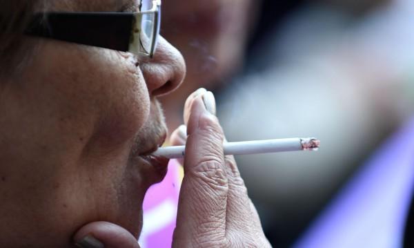 България е рай за пушачите и пиячите