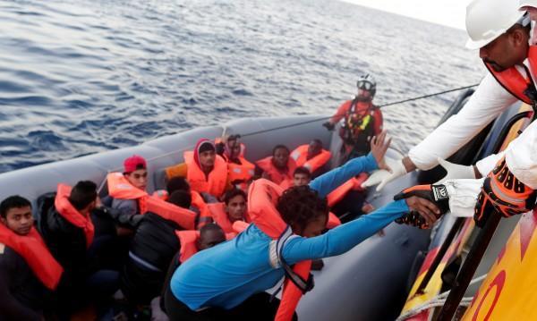 Меркел се чуди – как да се разпределят бежанците в ЕС?