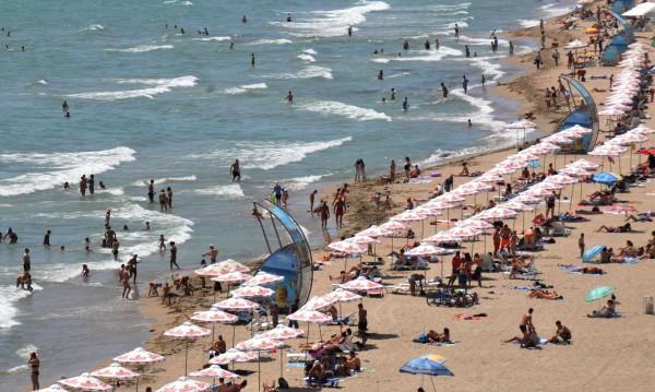 Ръстът в туризма – спекулация, грешни сметки, евтин PR