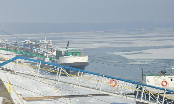 Снимат с дрон потъналия в лед Дунав