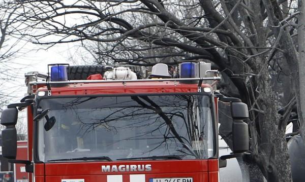 Късо съединение подпали автобус в Търновско