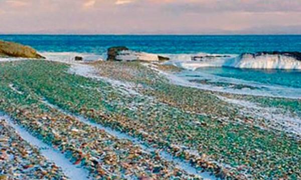 Усури Бей - плаж от стъкло до Владивосток