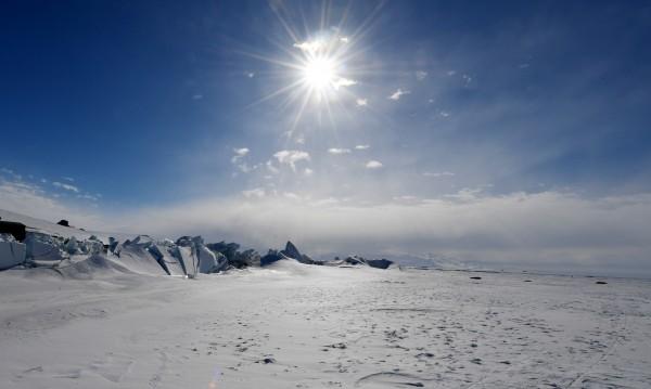 Българи заснемат с мощен дрон недостъпни места на Антарктида