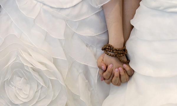 Експериментът Dnes: Бихте ли подкрепили еднополовите бракове?