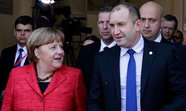 Радев се видя с Меркел, пожелала му успех на поста