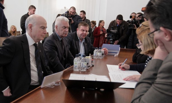 Властта не е самоцел за патриотите, обяви Каракачанов