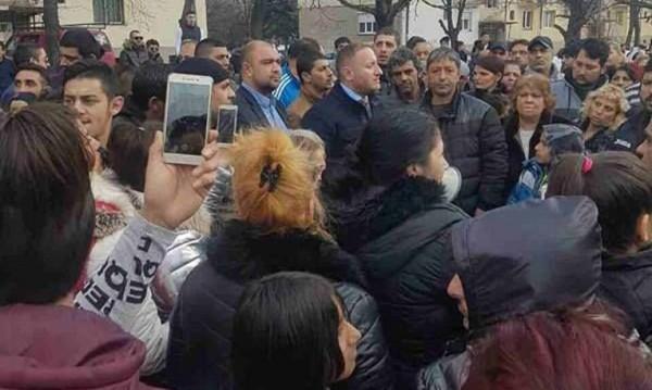"""За ромите във """"Виетнамските общежития"""": Пълна подкрепа!"""