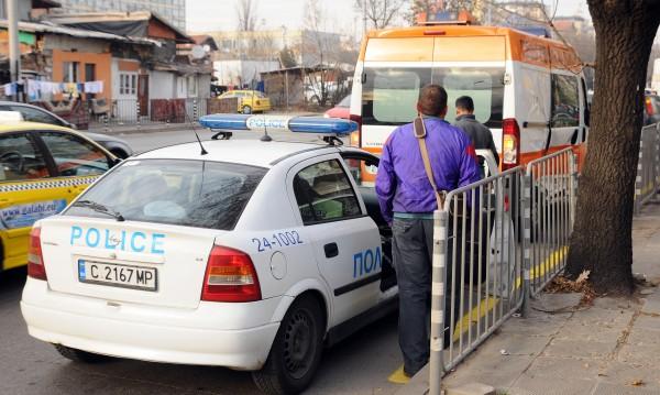 Екшън в София: Гонка – полицаи, младежи... таксиджия