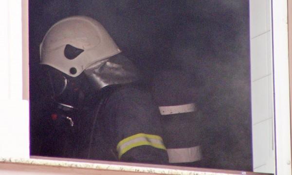 Търсят се пожарникари и спасители за цялата страна