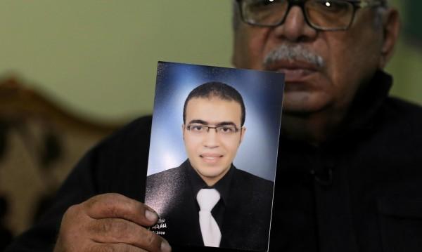 Нападателят пред Лувъра е на 29 г., от Египет, работи в ОАЕ
