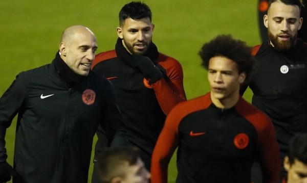 Милан си връща славата с Манчини, Агуеро и Оба