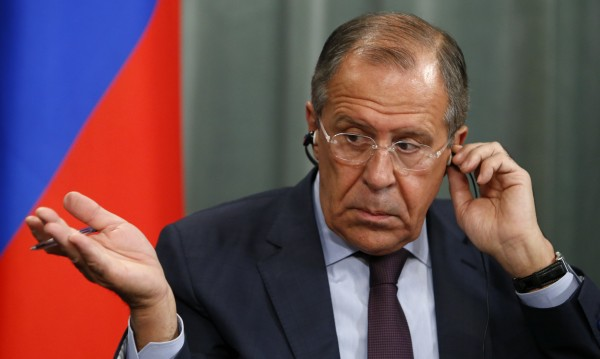 Лавров: НАТО обсъжда още военни в България и Румъния