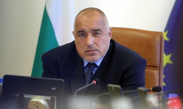 """Кабинетът """"Борисов -3"""": Високи заплати, още полицаи, нови пътища"""
