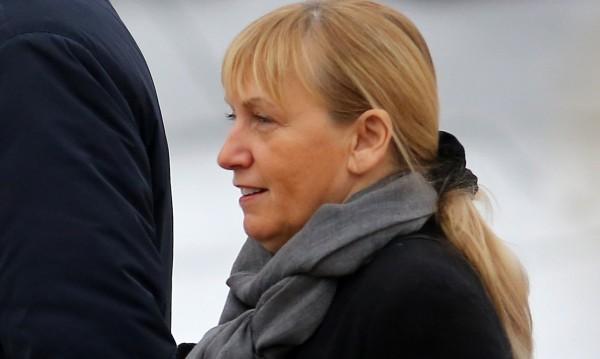 Разлъка: Елена Йончева не е част от екипа на Радев