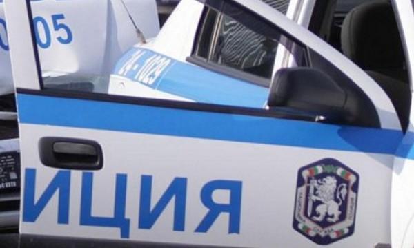 Пиян полицай обижда и заплашва младежи