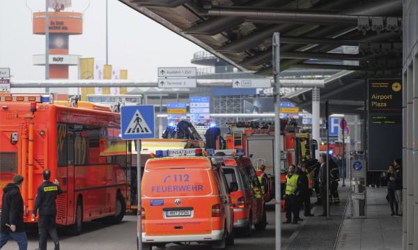 На летището в Хамбург е намерена опаковка от газов спрей