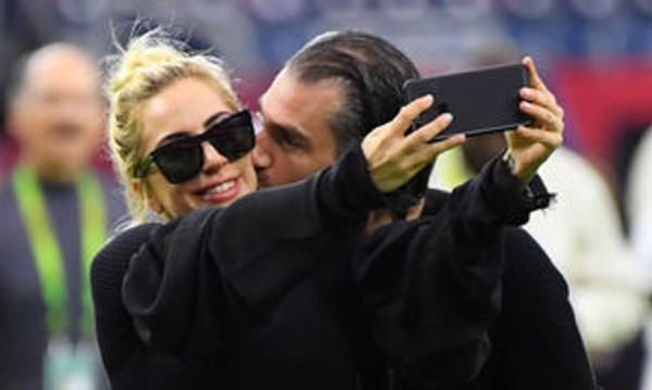 Лейди Гага показа новата си любов