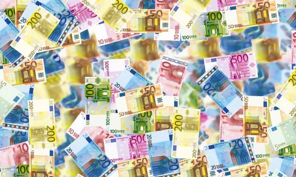 Родните гастарбайтери пращат все повече пари