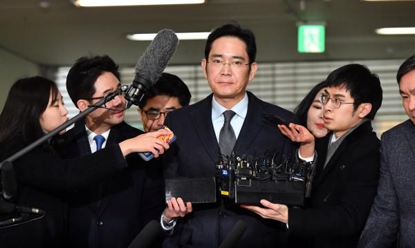 Нов арест заплашва шефа на Samsung