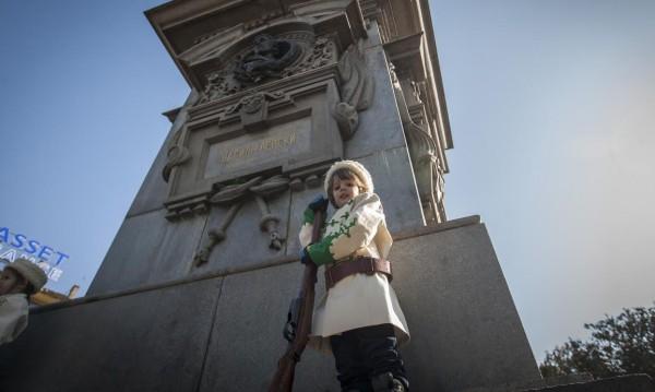 Детски почетен караул пред паметника на Левски