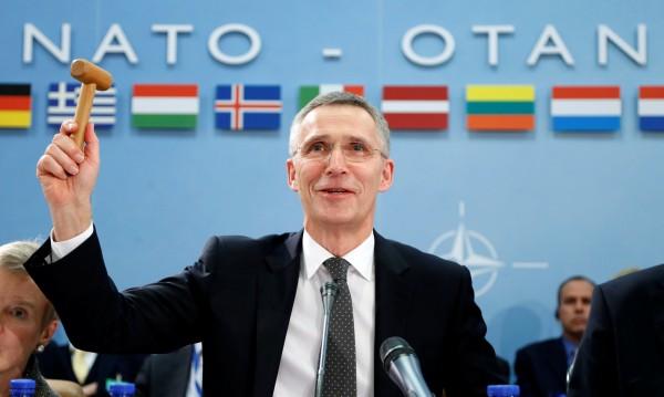 НАТО пуска дронове в Сицилия, ще следят заплахите от юг